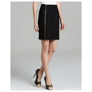 Vince Camuto - Zip Skirt - Size 12